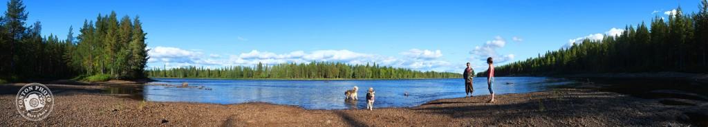 Baignade dans les eaux de la rivière Pite, Laponie, Suède © Clément Racineux / Tonton Photo