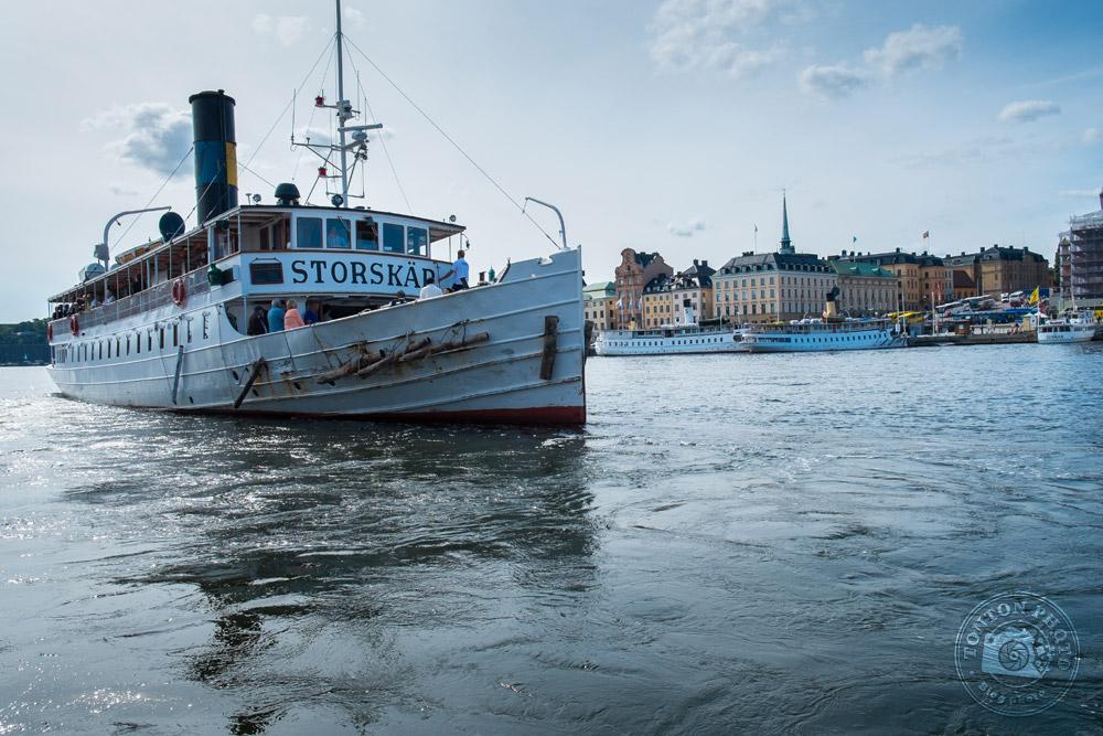 L'un des nombreux bateaux à vapeur de Stockholm, Suède © Clément Racineux / Tonton Photo