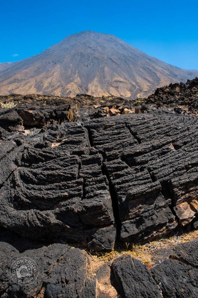 Le volcan Tope de Coroa (1979m) et ses champs de lave, entre Tarrafal et Monte Trigo, Santo Antão, Cap Vert © Clément Racineux / Tonton Photo