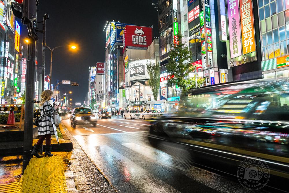 Dans le quartier de Shinjuku, Tokyo, Japon © Clément Racineux / Tonton Photo