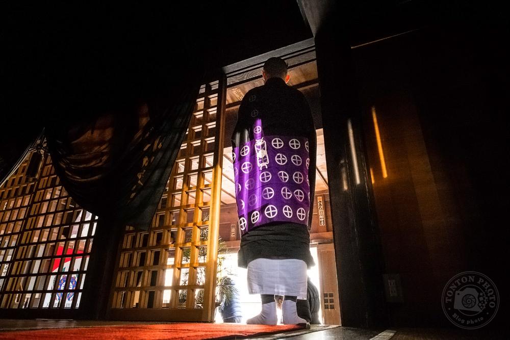 Moine bouddhiste dans le monastère d'Eko-in, Koyasan, Japon © Clément Racineux / Tonton Photo