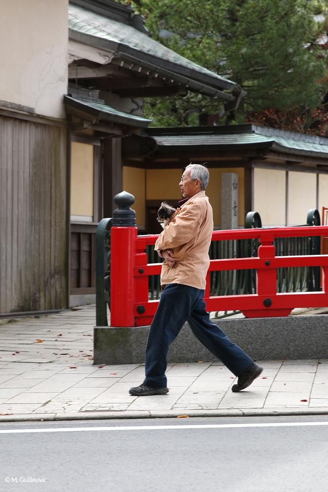 Dans les rues de Koyasan, Japon © M. Guilleuvic