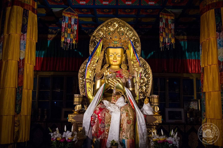 Grande statue de Bouddha, temple Daisho-In. Île de Miyajima, Japon © Clément Racineux / Tonton Photo