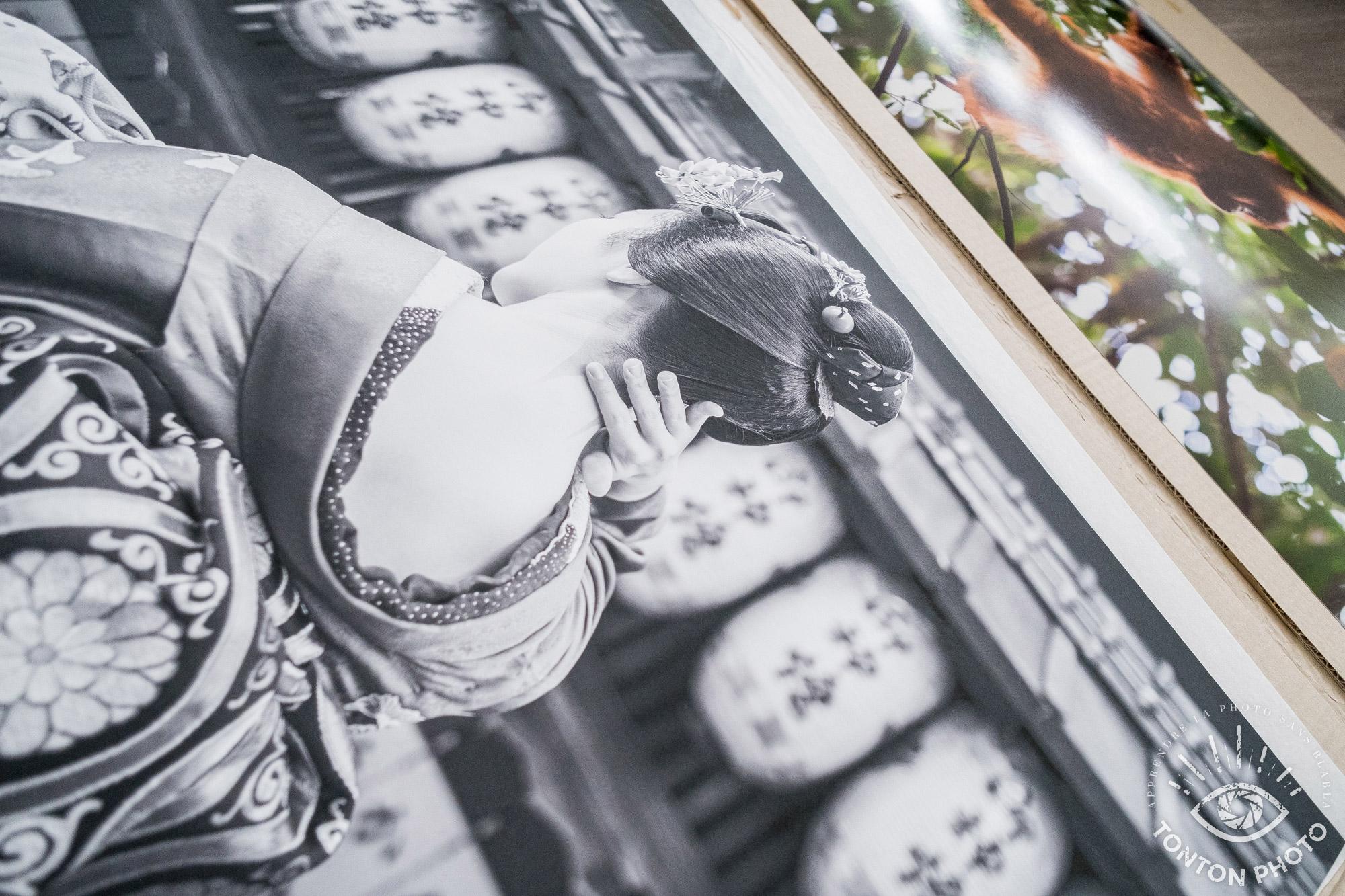 Test labophotos.fr : tirage d'art d'une photo de portrait en noir et blanc sur papier Hahnemuhle photo Rag 308G © Tonton Photo